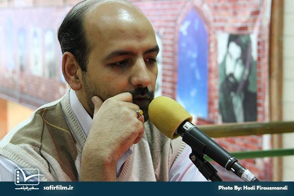 شهاب اسفندیاری٬ در برنامه رادیویی «سینمامعیار» از رادیو گفتگو