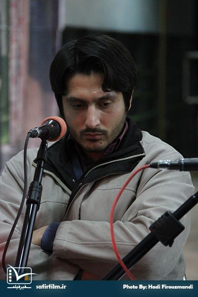 گفتگوی زنده محمدصادق باطنی٬ کارگردان مستند «او با ما» با برنامه رادیویی سینماعمار