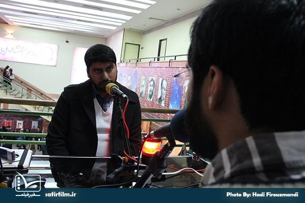 گفتگوی زنده تلویزیونی علی جمالی٬ کارگردان مستند «شکار طبس» با برنامه سینماعمار رادیو گفتگو